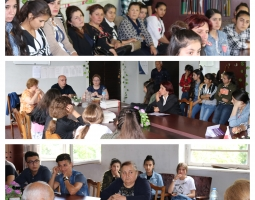 HRC representatives discussing early marriage with high school students in Kakheti
